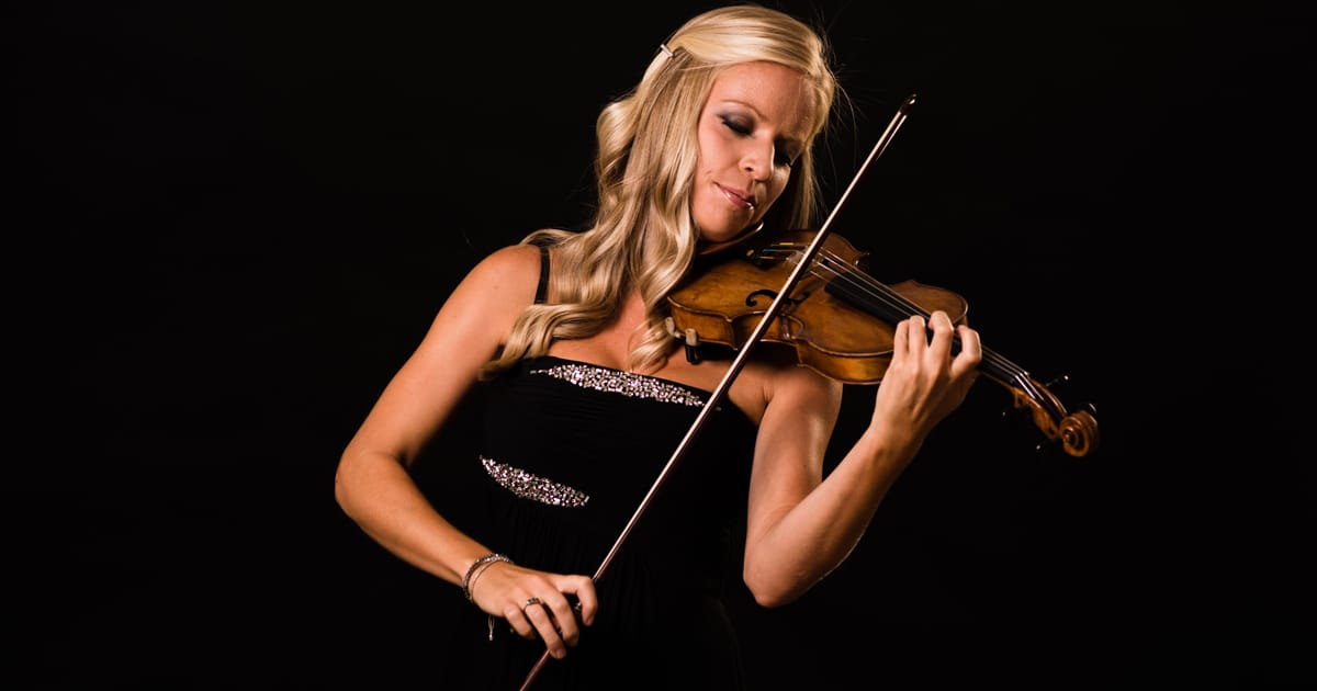 Hire Violin / Fiddle Players: Book a Violinist for a Wedding / Event