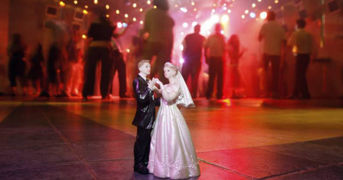 Classic Wedding Ceremony Music: Wedding Ceremony Music: Our Guide To Choosing Musicians