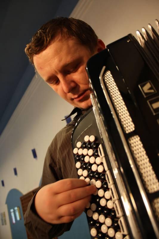 Anton Pazicky | Last Minute Musicians