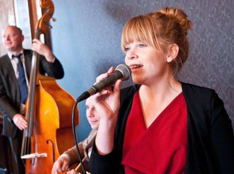 Sara Oschlag Jazz Band | Last Minute Musicians