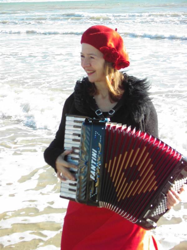 Martina Schwarz, accordionist, vocals   Last Minute Musicians