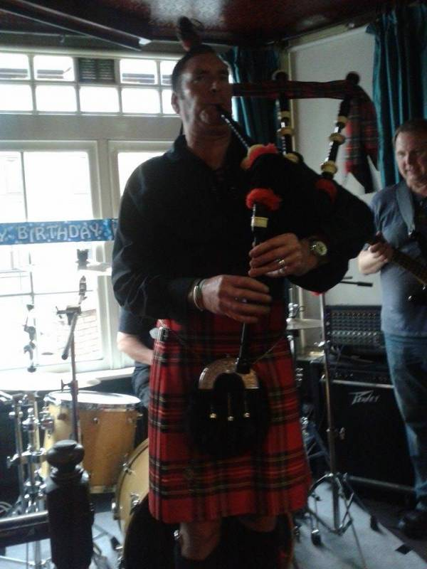 Simon - The Royal Stewart Piper | Last Minute Musicians