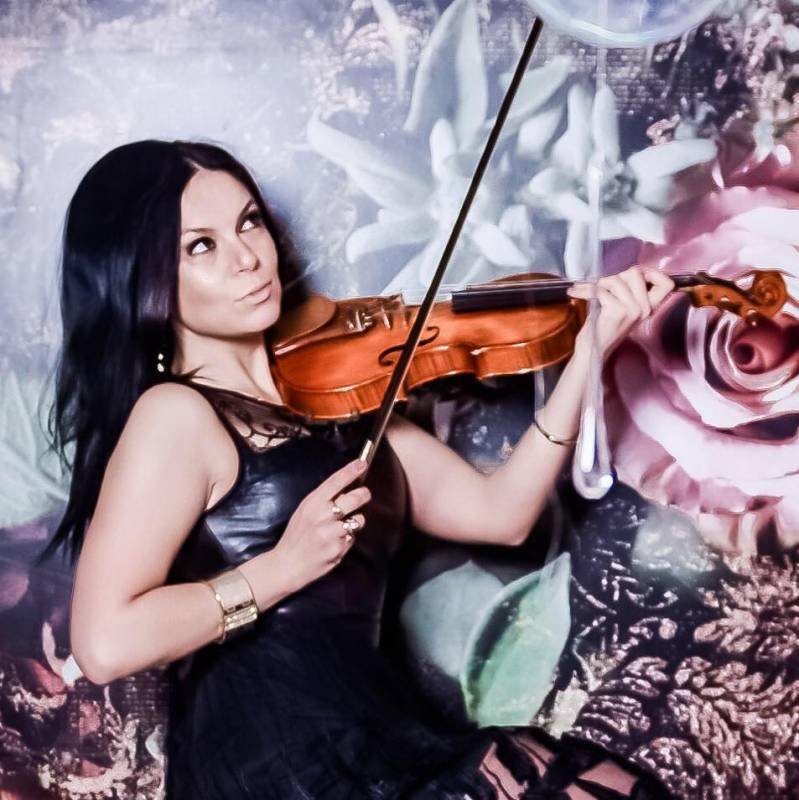 Alesia Violin   Last Minute Musicians